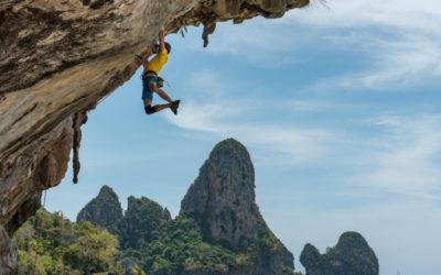 L'escalade : du yoga dans les airs !