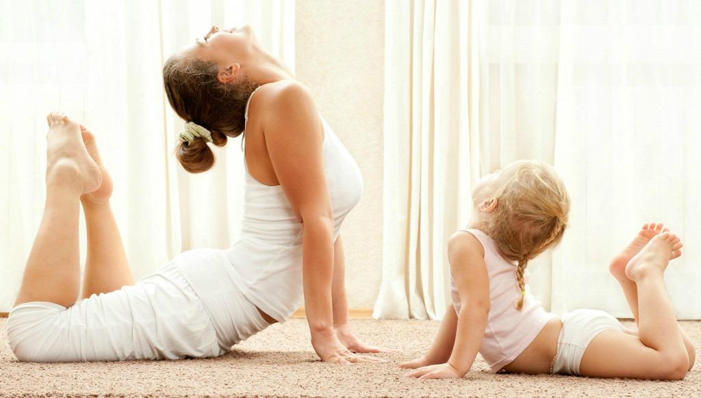 yoga_enfant_baby_bebe_getyogi_cours_internet-1024x582