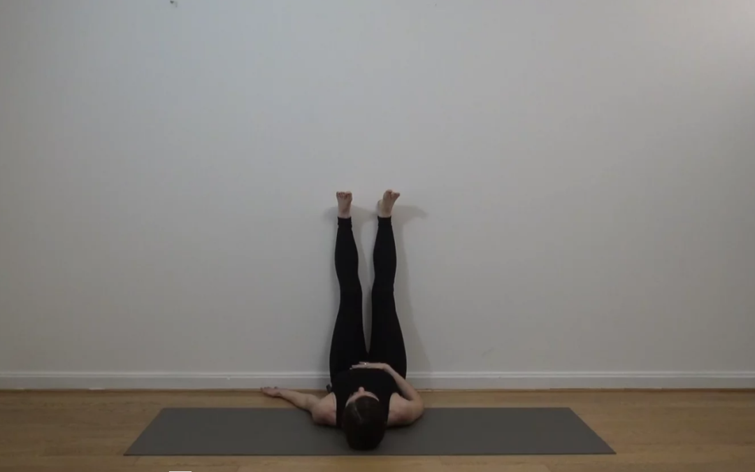 Trouvez le sommeil avec la routine yoga du soir